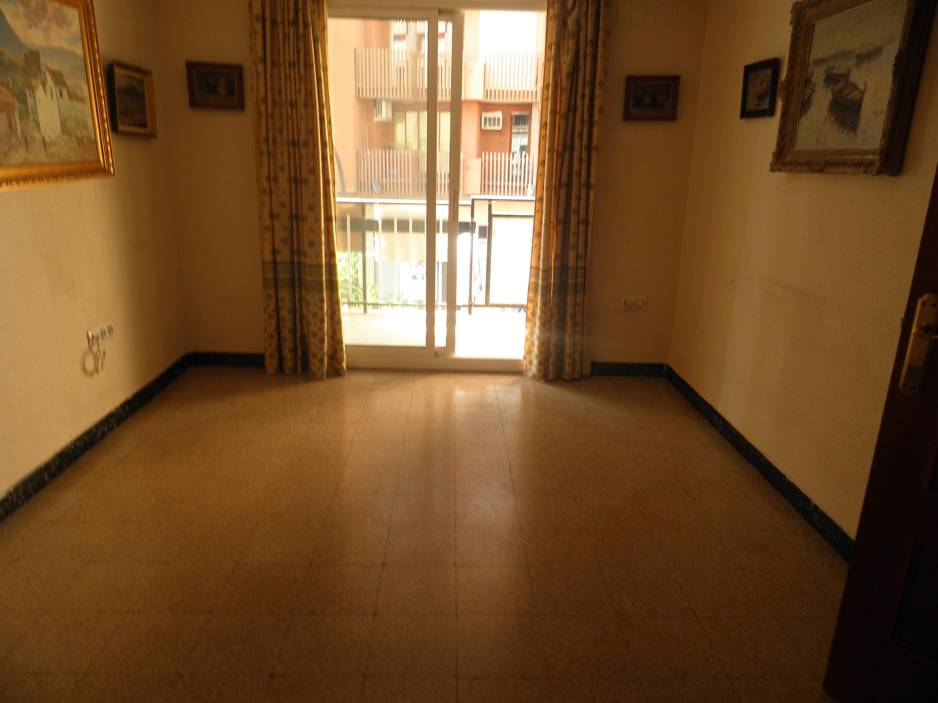 Piso en el centro es un primero inmobiliaria llagaria inmuebles en venta y alquiler - Pisos en xativa ...